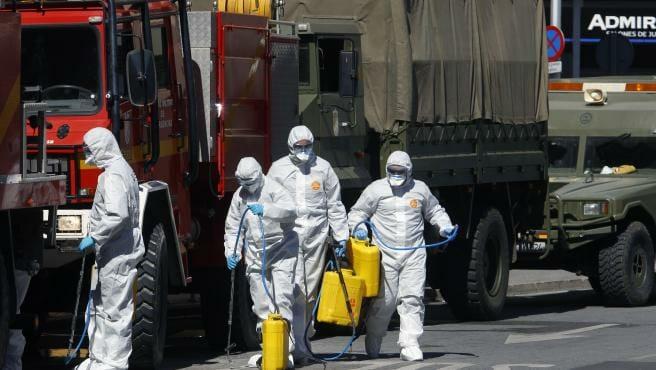 الجيش الإسباني فيروس كورونا المصابين