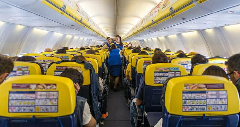 شركة طيران تستأنف رحلاتها