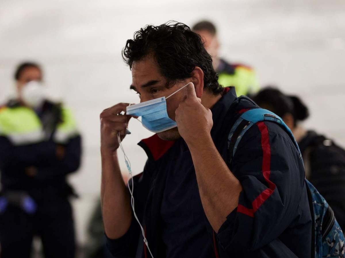 إلزامية وضع الكمامة في إسبانيا ابتداءً من غد الخميس