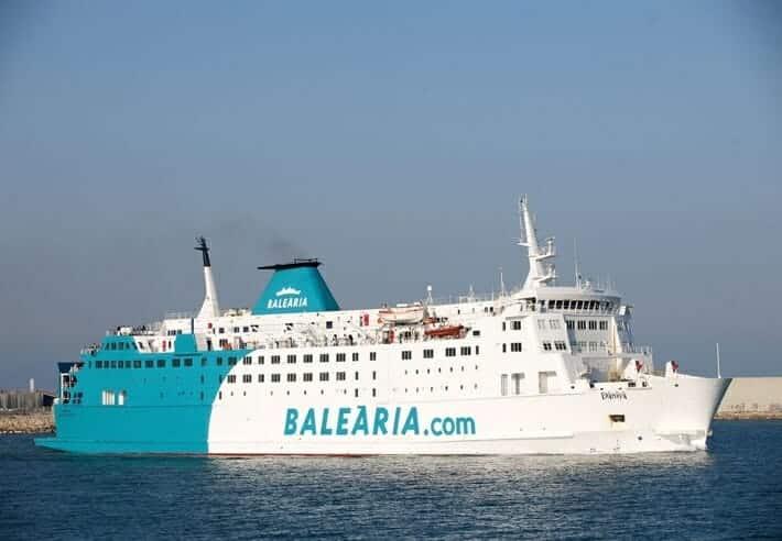 السفر الى اسبانيا السفن