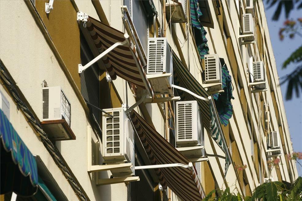 فيروس كورونا المكيفات الهوائية مكيف هوائي فصل الصيف