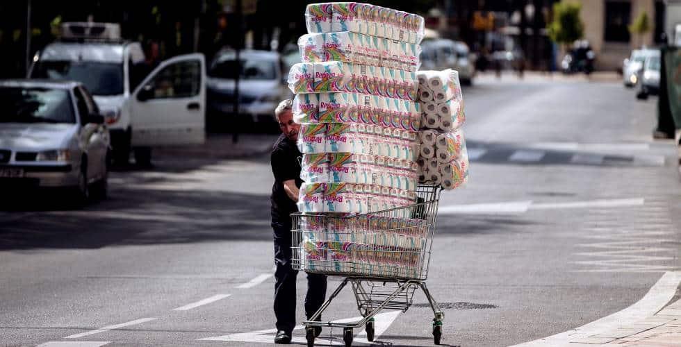 تخزين ورق الحمام الورق الصحي في أوروبا الغرب فيروس كورونا شراء اقتناء دراسة الباحثون