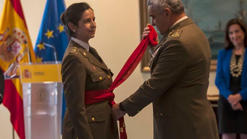 وزارة الدفاع النساء إسبانيا قيادة