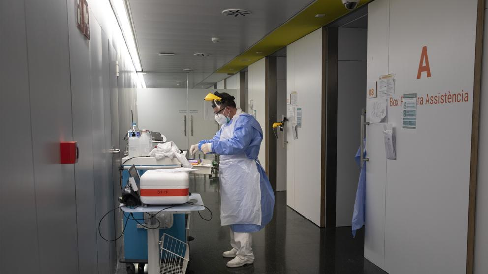 وفيات فيروس كورونا إسبانيا تسجيل إصابةالوفاة وفاة