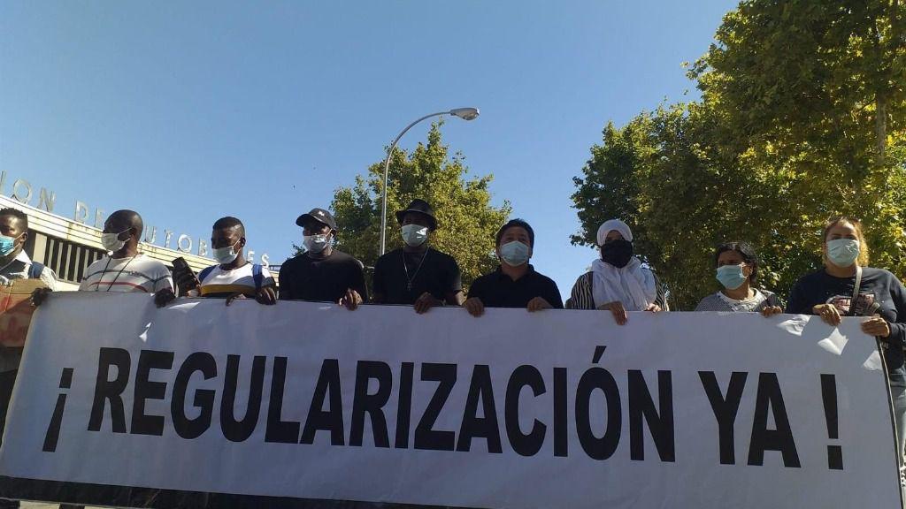 أوكسفام تسوية أوضاع المهاجرين إسبانيا