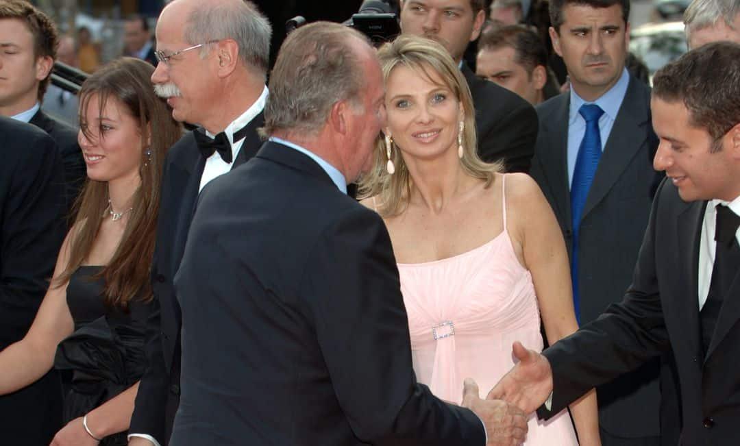 ملك إسبانيا خوان كارلوس كورينا
