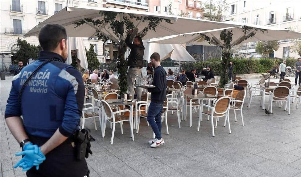 مدريد تفرض قيودا جديدة