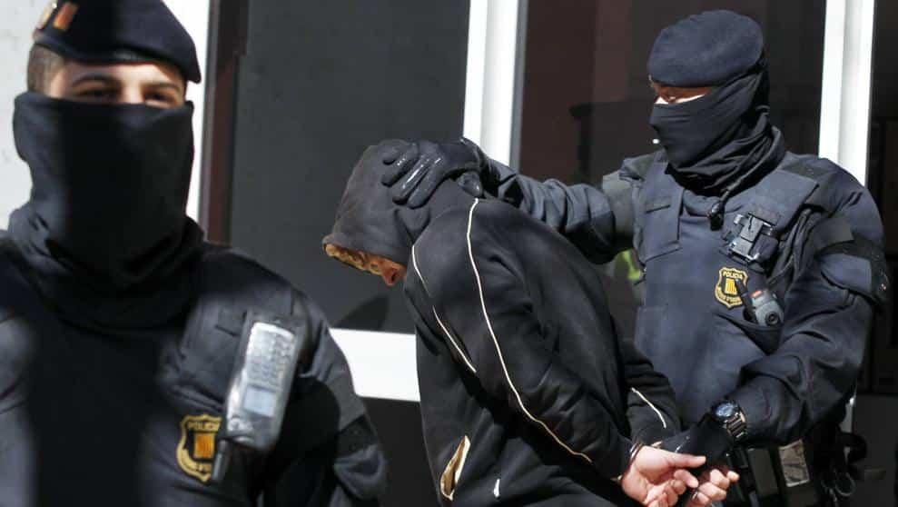 شرطة كاتالونيا خلية جهادية