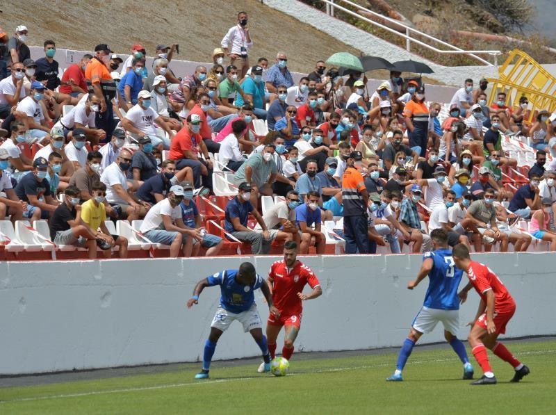 عودة الجمهور إلى ملاعب كرة القدم