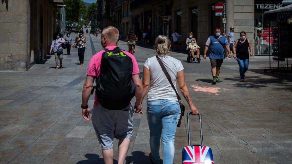 ألمانيا تحذر من السفر إلى مناطق في إسبانيا