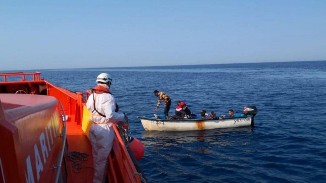 إنقاذ مهاجرين إسبانيا
