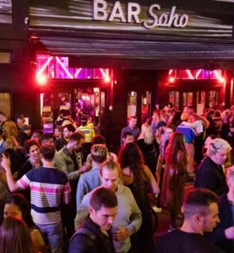 إسبانيا تحظر التدخن واستهلاك الكحول في الأماكن العامة
