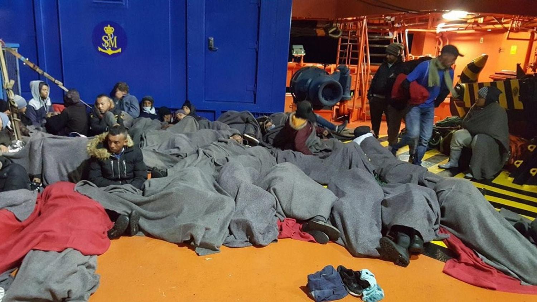 """أفادت وكالة """"أوروبا بريس"""" نقلا عن مصادر في حرس السواحل الإسباني بوصول 137 مهاجرا، على متن عشرة قوارب، إلى سواحل منطقة مورثيا منذ ظهر هذا الجمعة"""