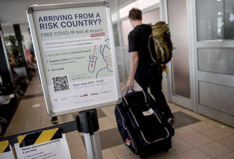 بلجيكا حظر السفر إسبانيا