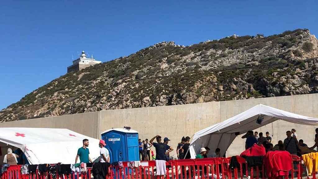 فرار مهاجرين جزائريين ميناء مورثيا