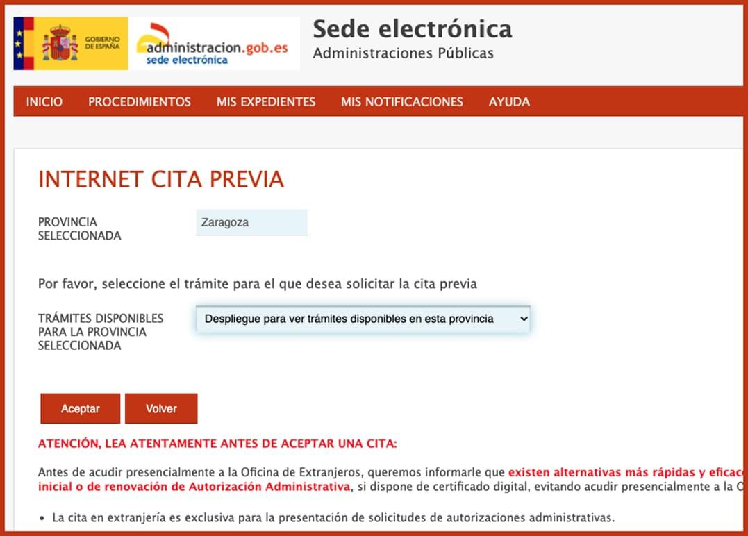 حكومة كاتالونيا تحدد موعد الحصول على تصاريح العمل الأولية