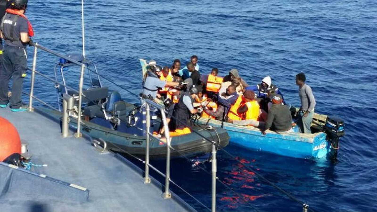 وصول المهاجرين إلى جزر الكناري