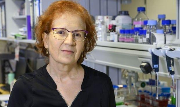 عالمة فيروسات إسبانية تحذر من موجة جديدة
