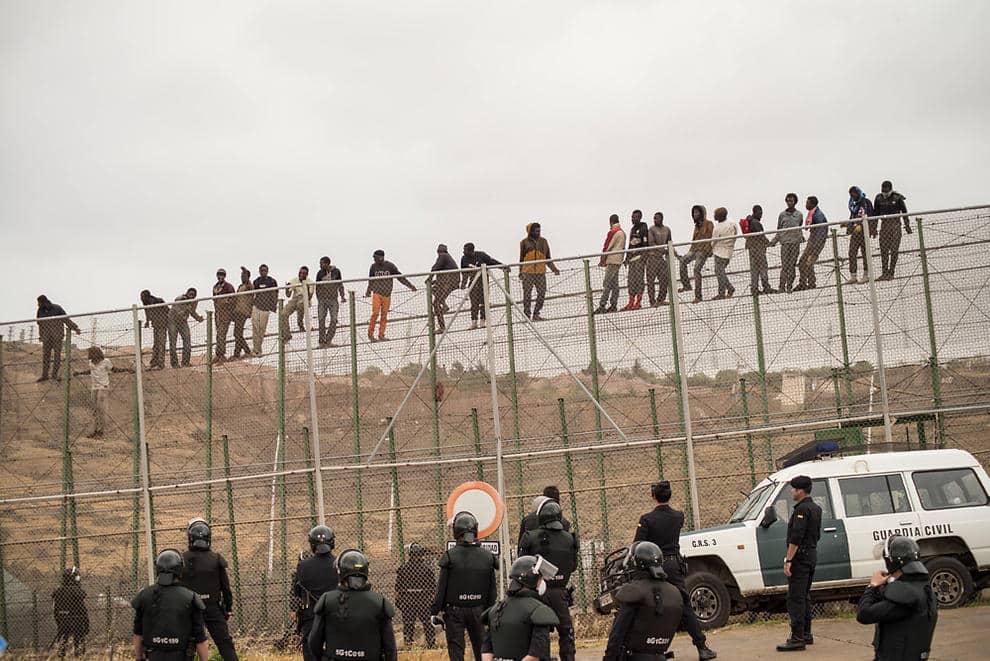 السياج الفاصل المغرب إسبانيا