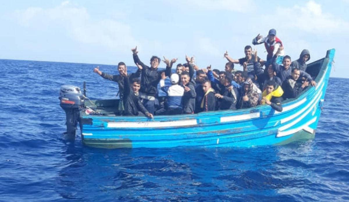 الهجرة غير الشرعية إسبانيا