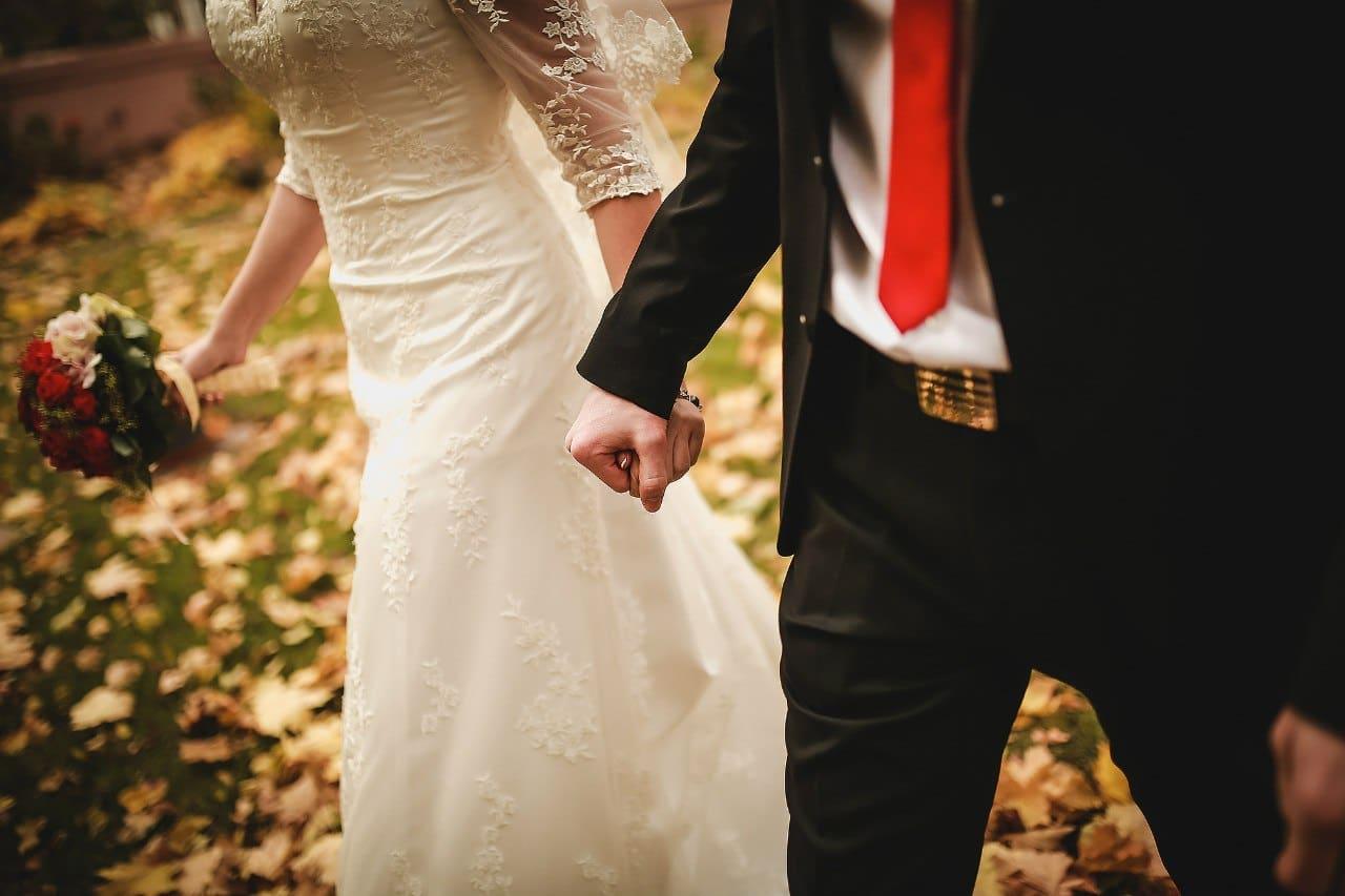 عقود زواج مزيفة إسبانيا