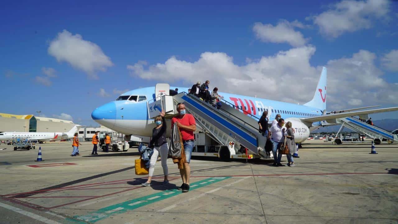 عودة السياح إلى كناريا